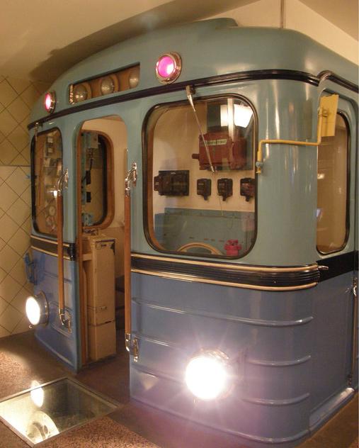 Макет вагона метро типа «Еж»