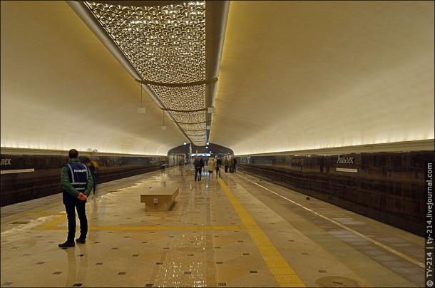 Казанский метрополитен станция Яшьлек