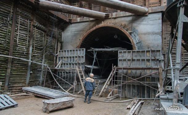 вход в тоннель минского метро