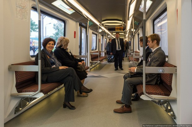 Интрьер вагона метро Siemens