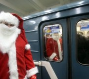 Дед Мороз в метро