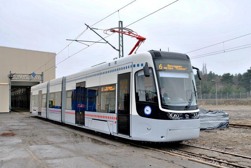 Новый трамвай PESA