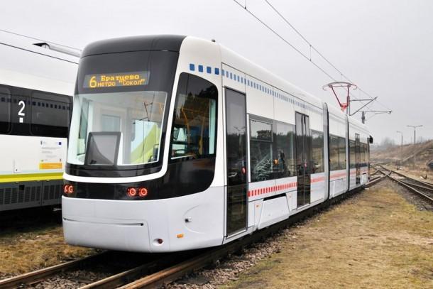 трамвай PESA, вид сзади