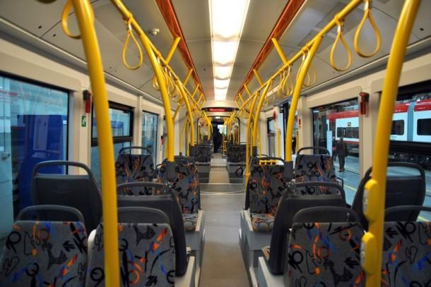 интерьер салона машиниста трамвая PESA
