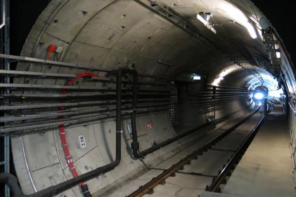 budapest_subway_line_4_12