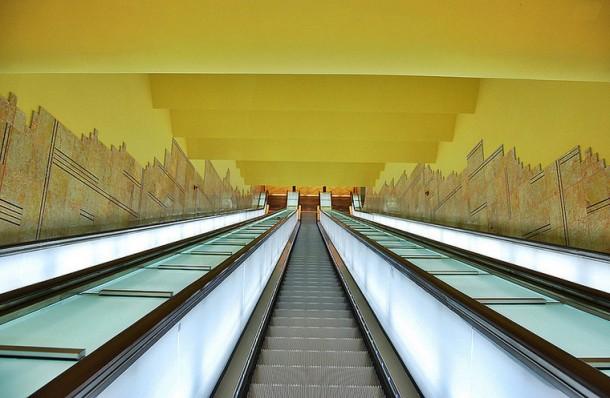 эскалатор неаполитанского метро