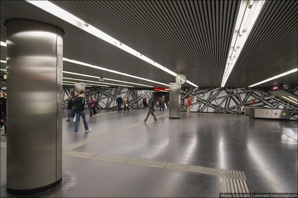 вестибюль одной из станций венского метро