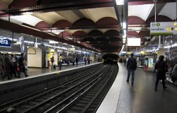 В парижском метро