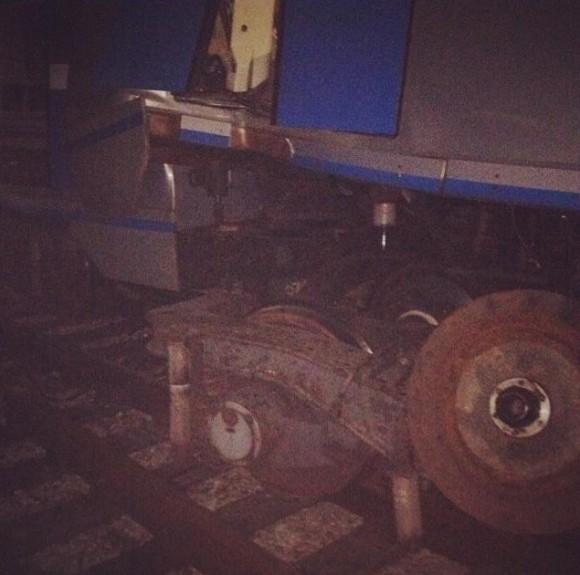 Поезд сошел с рельс в Москве