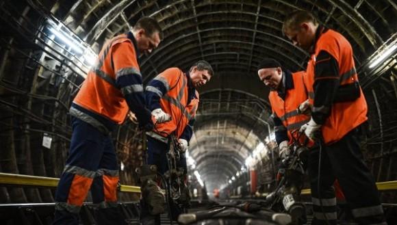 Работа в тоннеле метро