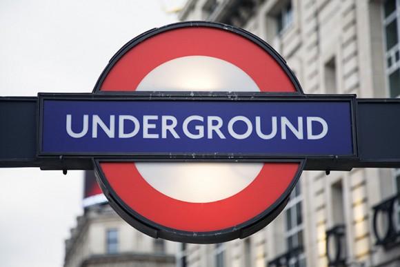 Лондонский метрополитен логотип