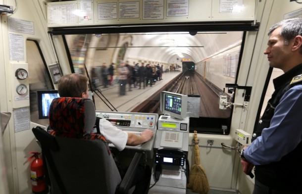 Поезд с автопилотом в Московским метрополитен